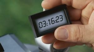 800px-4x03_Clock2