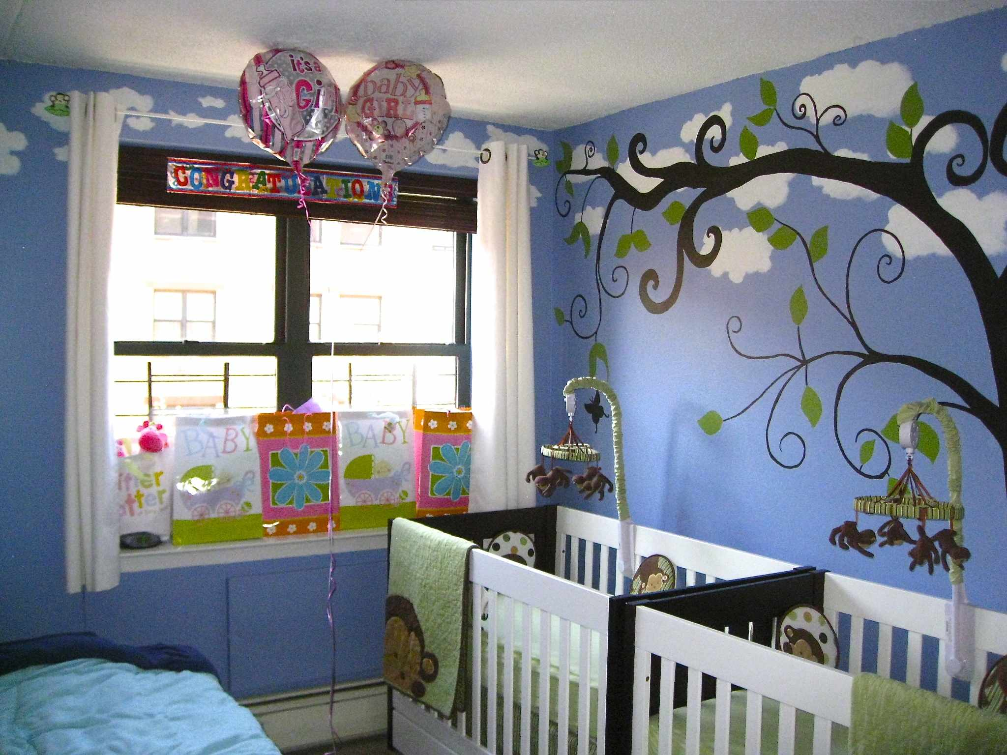 How to create a space saving baby nursery the layman 39 s for Best baby cribs for small spaces